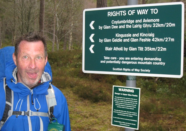 LOOKING FOR A WINDSCREEN TO LICK AT THE LINN OF DEE