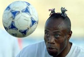rambut pemain bolasepak pelik