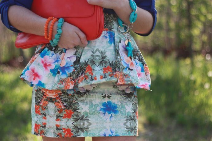 floral and blue outfit