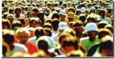 dados preliminares: Multidão