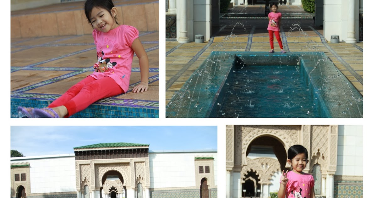 Hitam Putih Design: Taman morocco