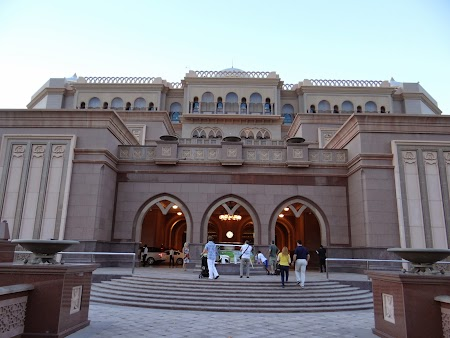 07. Emirates Palace.JPG