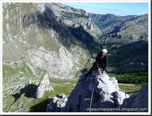 Arista Sanchez Sadia-Samper 300m 120m Rapel 6c¿ (V  A1 Oblig) (Peñe Robre, Andara) (Victor) 0011