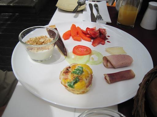 A gourmet breakfast at El Consulado, La Paz