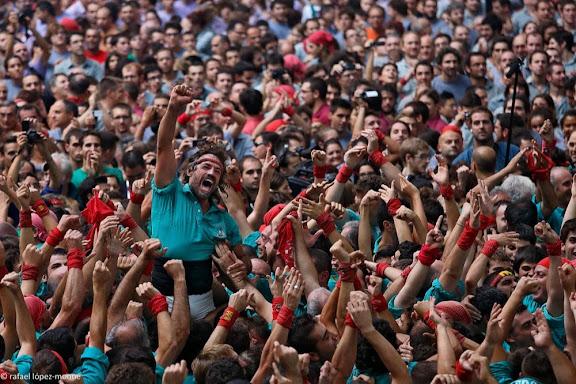 Dos de vuit sense folre.  Castellers de Vilafranca.XXIVè Concurs de Castells de Tarragona. Tarraco Arena Plaça. Tarragona, Tarragonès, Tarragona