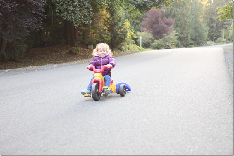 Sara pedaling (12)-blog