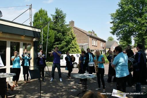 zomermarkt-joekskapellenfestival overloon 29-05-2011 (10).JPG
