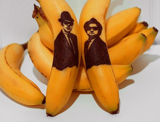 Tatuando casca de banana 03
