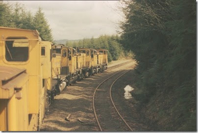 56154116-22 Riding the Weyerhaeuser Woods Railroad (WTCX) on May 17, 2005