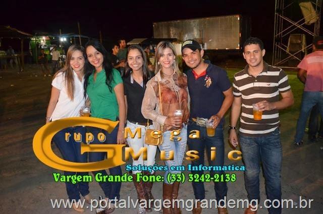 FESTA FAZENDA GLORIA PORTAL VARGEM GRANDE   (41)