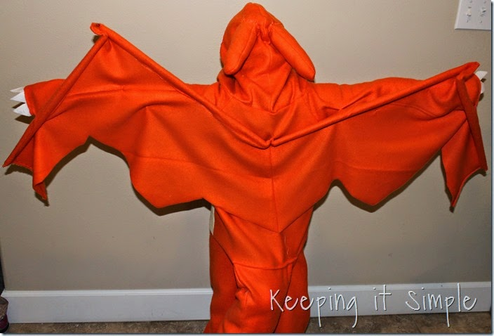 DIY Pokemon Charizard Costume (6)