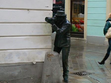 Europa Centrala: Statuie paparazzo Bratislava