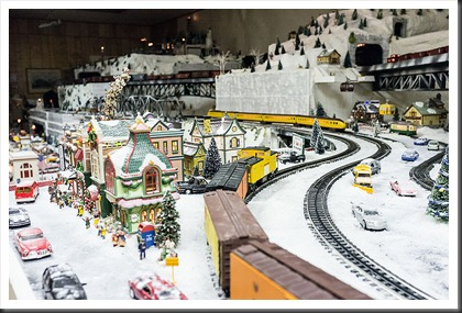 Hagerstown Roundhouse - Trains of Christmas