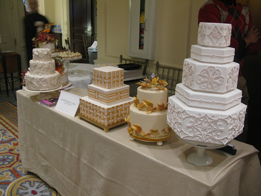 Cake baker Ron Ben-Israel displayed these China-inspired cakes from the Winter issue of Martha Stewart Weddings.