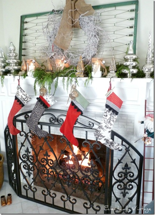 eclecticallyvintage.mantel