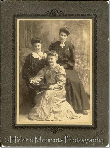 Garis sisters
