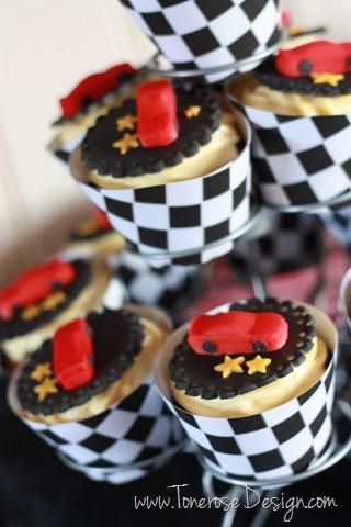 IMG_4004_cars_bursdag_barnebursdag_kakebord_dessertbord