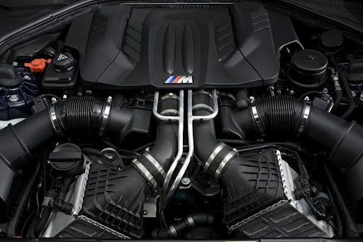 2012-BMW-M6-18.jpg