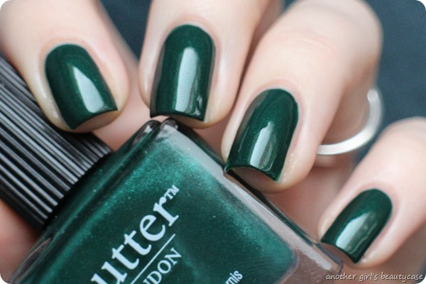 LFB Butter London British Racing Green Tannengruen Swatch (6 von 6)