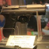 Defense and Sporting Arms Show 2012 Gun Show Philippines (35).JPG