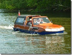 21 amazing carboat 1