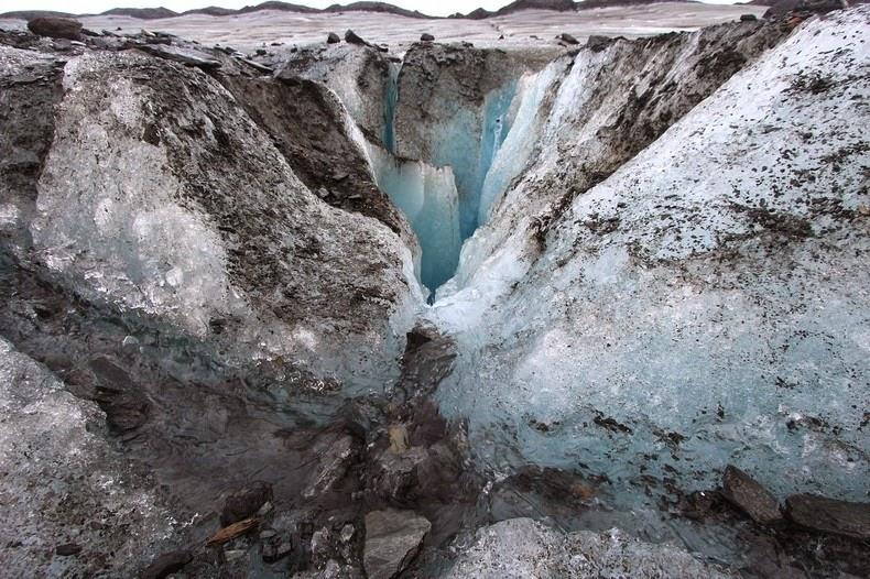 moulin-glacier-1