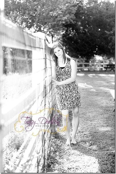 Kelsey Davis   106j bw
