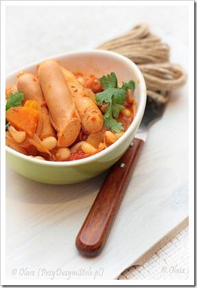 Przy Dużym Stole: Kiełbaski z warzywami na ostro – kolejny szybki obiad