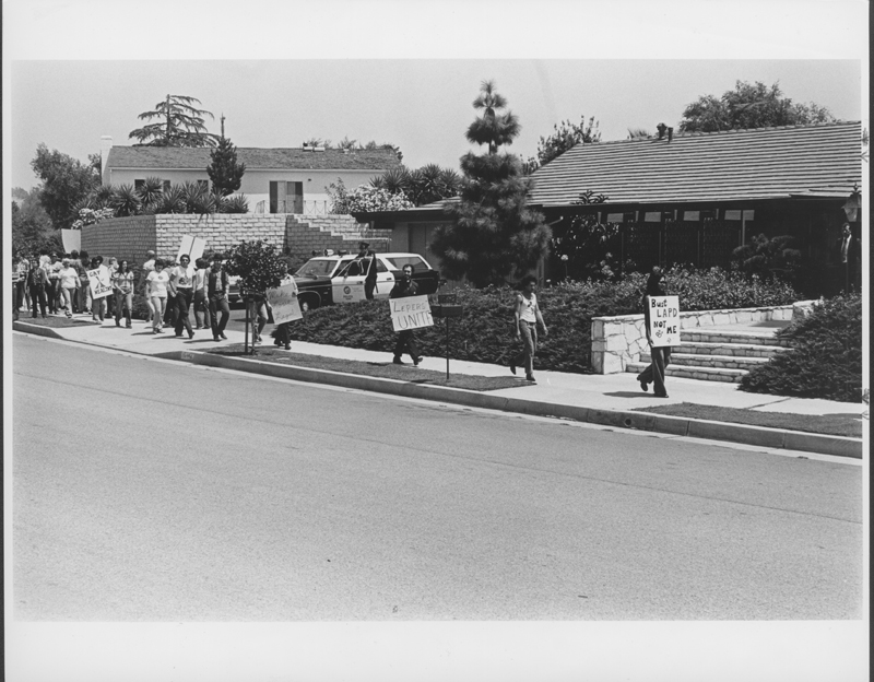 Picketers outside of Los Angeles Police Chief Ed Davis' home. Undated.