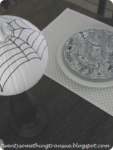 Halloween Tablescape 4