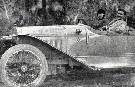 1920-06-05 (p) Mundo Grafico Joselito conductor en Valencia