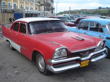Things to do in Havana: drive a vintage American car