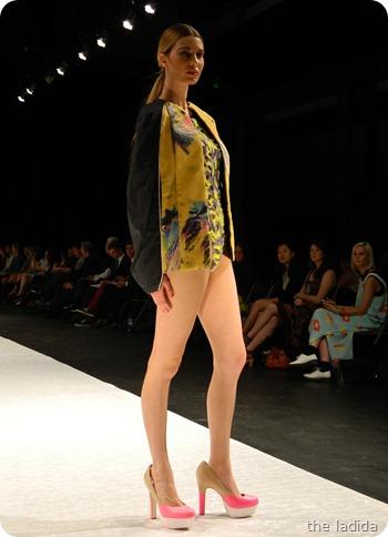 Marillia Sio - AGFW Fashion Show 2012 (4)