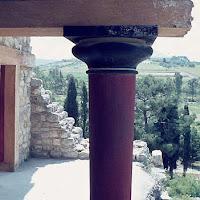 05.- Columna minoica Cnossos