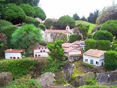 2013.10.25-068 village basque 2
