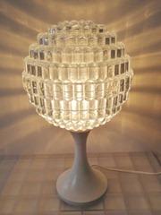 Tulip lamp with acrylic shade
