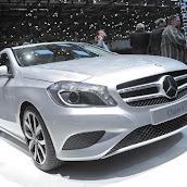 2013-Mercedes-A-Class-13.jpg