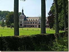 Mulken, Mulkenweg: kasteel Betho (http://kasteleninlimburg.deds.nl/KasteelBethoTongeren.php; zie ook https://inventaris.onroerenderfgoed.be/dibe/relict/37305)