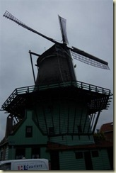 Koog-Zandijk windmill in town (Small)