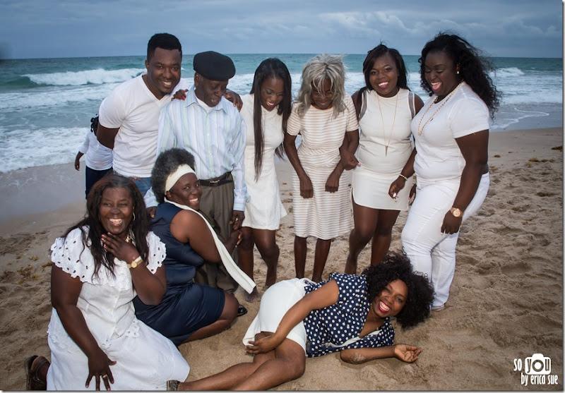 2048 Beach Extended Family Photo Shoot-