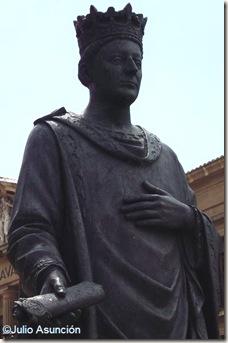 Carlos III el noble - Plaza del Castillo - Pamplona