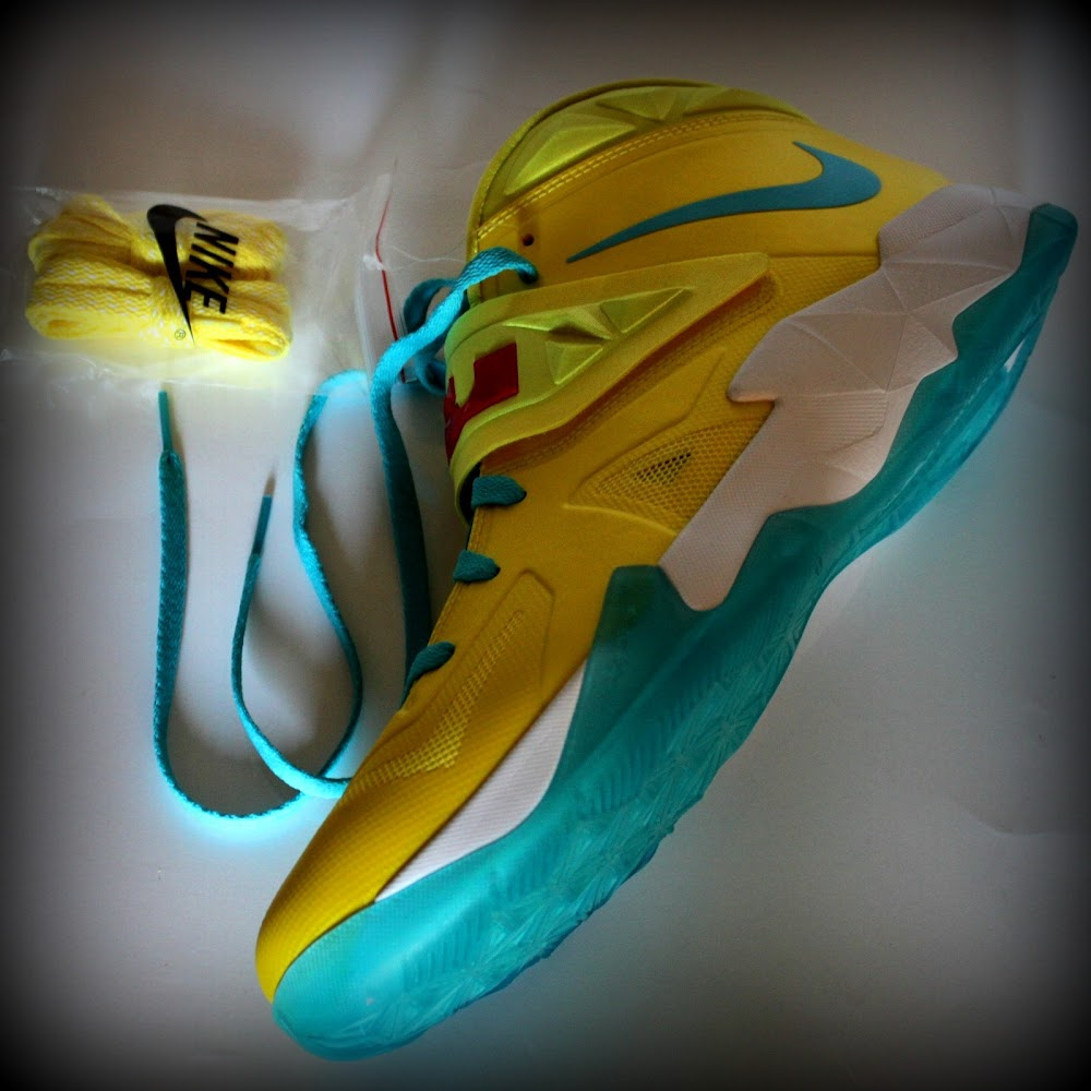 Nike LeBron Soldier 7 Yellow Emerald Blue White