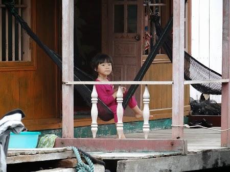 13. Fetita vietnameza.JPG