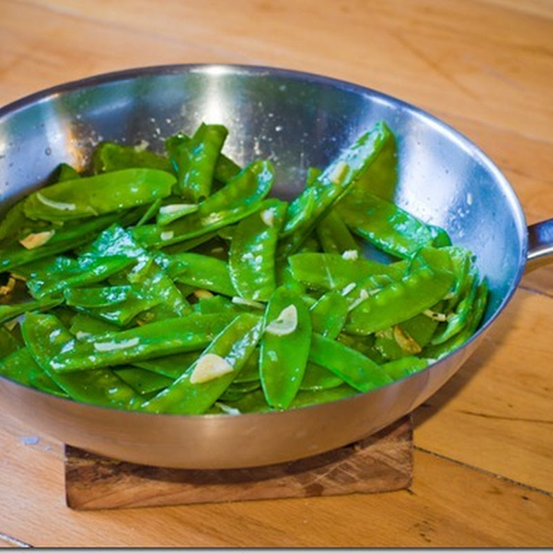 Snow Peas with garlic