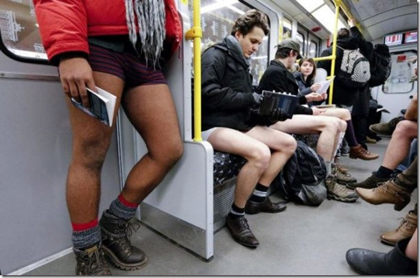 no-pants-subway-ride-20