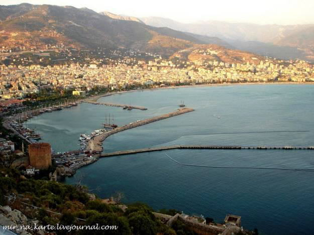 Antalya : on the Mediterranean coast of southwestern Turkey