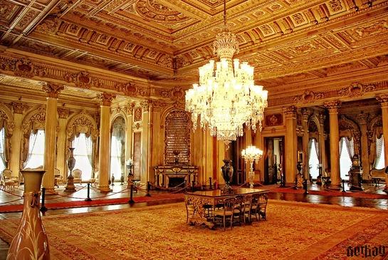 dolmabahce_palace_2_by_serkanavcioglu-d30gdhq