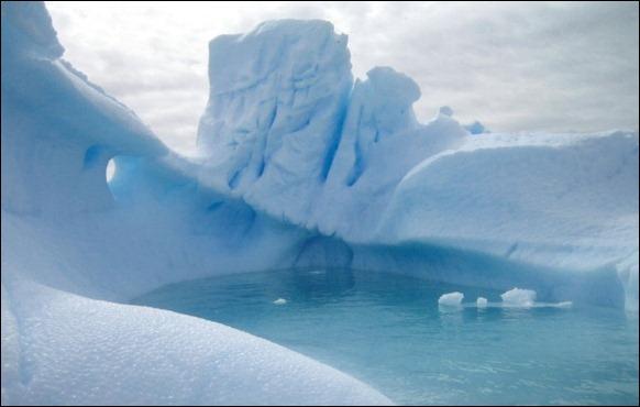 Antarctica_Glacier_02