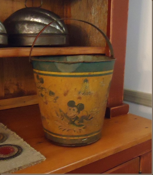 mickey mouse sandpail