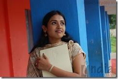 Kaadhal Paadhai (44)